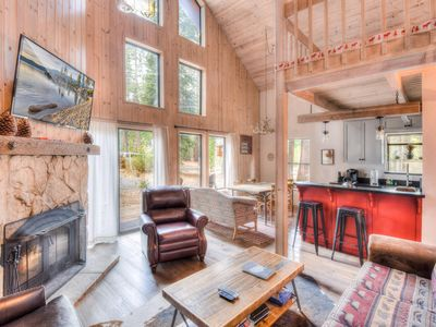 Photo for Contemporary and Rustic Tahoe Home, Minutes from Lake!