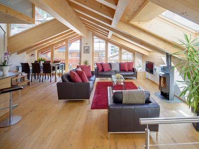 Photo for Spacious loft apartment with stunning Matterhorn views.