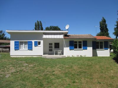 Photo for Single storey house near Arcachon