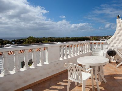 Photo for Lovely Apartment Close to the Beach with Terrace & Wi-Fi; Parking Available