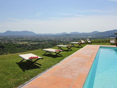 Photo for Wonderful private villa with private pool, WIFI, A/C, TV, terrace, washing machine, close to Lucca