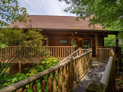 ER 244 – Black Hawk Hideaway  Great Location – Close to town!