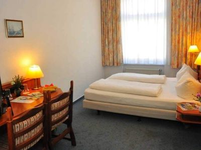 Photo for Double Room - Brocki's Hotel Stadt Hamburg