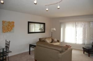 Photo for 6 month minimum - Enjoy this wonderful condo in the heart of Eastport close to pubs, restaurants, and wine bars