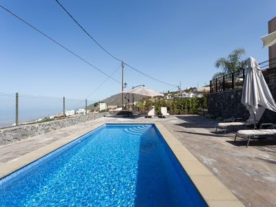 Photo for HOUSE WITH VIEW TO THREE CANARY ISLANDS