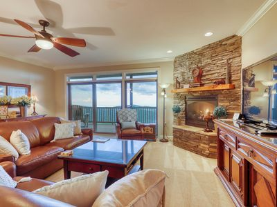 Photo for Close-to-slopes condo w/gourmet kitchen & stone fireplace