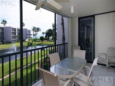 Photo for Newly Renovated, 2 + BR+ DEN/2 Bath Condo/Gulf View, R202 GREAT REVIEWS/Sundial