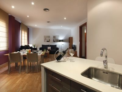 Photo for Places4stay Ramblas 2 Bedrooms Apartment