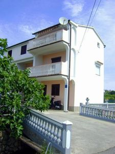 Photo for Holiday apartment Lopar for 4 - 5 persons with 2 bedrooms - Holiday apartment