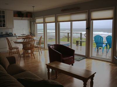 Photo for Oceanfront in Roads End - Spectacular Views! 4 Bedroom - With Hot Tub