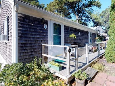 Photo for Cozy studio cottage - within walking distance of the beach and dining!