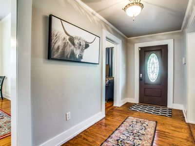 Photo for Beautiful Historic home near Hospital District and Will Rogers