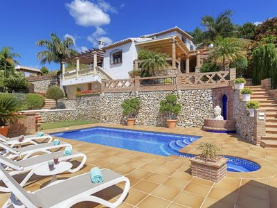 Photo for Beautiful house with private pool overlooking Frigiliana and mountains