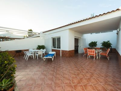 Photo for Lovely Villa + Pool in Maspalomas. Wifi free