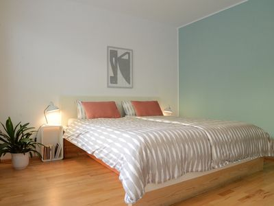 Photo for Amazing central Flat with Garden sleeps 4