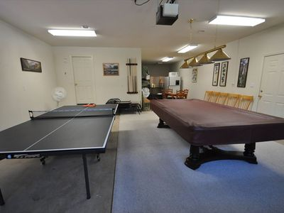 Photo for GameRoom PoolTable PingPong WIFI PremiumSatelliteTV Central A/C Near Yosemite