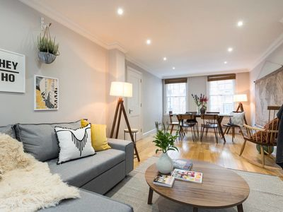 Photo for Chic 2 bed house in Marylebone - 1 min from tube