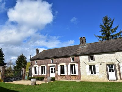 Photo for Tasteful farmhouse, bedrooms with private bathroom, border Bourgogne/Champagne