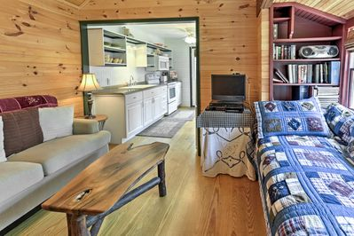 This 1-bedroom, 1-bath cottage is perfect for 2 travelers!
