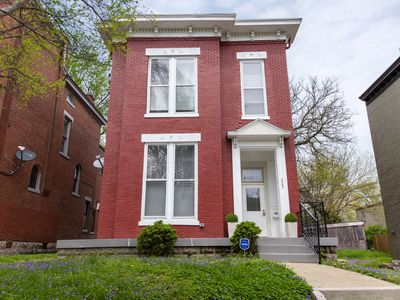 Photo for ***NEW LISTING*** - EXPO, Downtown, casual luxury in historic Old Louisville