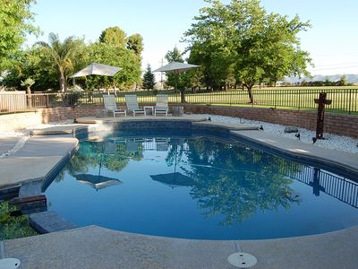 Photo for 5 bedroom, 4 bath house with pool on the golf course 45 min to giant Sequoias