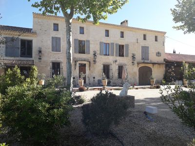 Photo for Provençal Mas near Avignon with swimming pool and Jacuzzi