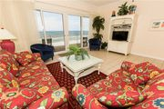 Bright 5th Floor Ocean Front Unit With Splendid Gulf Coast Views And Tropical Furnishings
