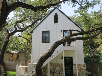Photo for Central SoCo Modern Studio. Quiet, walk to downtown. Ideal for vacay or business