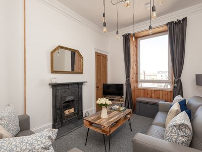 Photo for Spectacular City Centre Apartment. Sleeps up to 4. Brand New!!