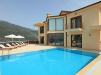 Great holiday. Superb villa. Very good location. Staff very good and on hand when we needed th...