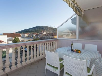 Photo for One bedroom apartment with terrace Vinišće, Trogir (A-16416-b)