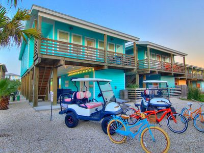 Photo for Wet-N-Wild: *2 FREE GOLF CARTS, Ice Machine, Pool, Outdoor TV, Bicycles, Game
