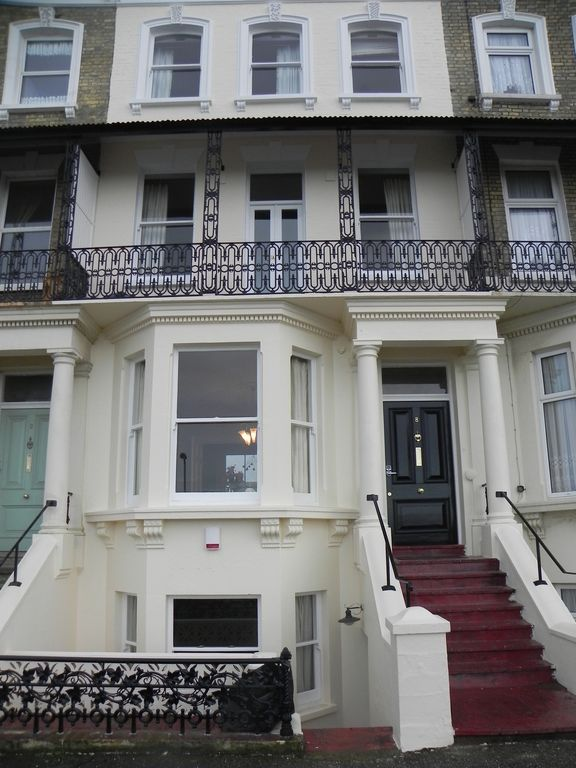 Sea View House Victorian Town House Sleeps 12