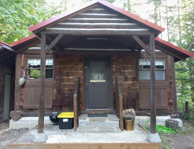 Photo for Log Cabin in the woods near Lake Wenatchee, Stevens Pass and Leavenworth