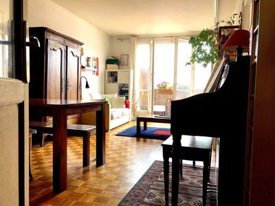 Photo for Beautiful family apartment near Nation