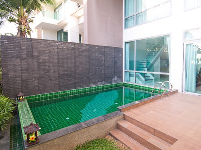Photo for Non-step access, Duplex condo on ground floor w/ private pool and beachfront