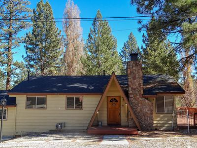 Easy Slope Access- Walk to Big Bear Snow Play!