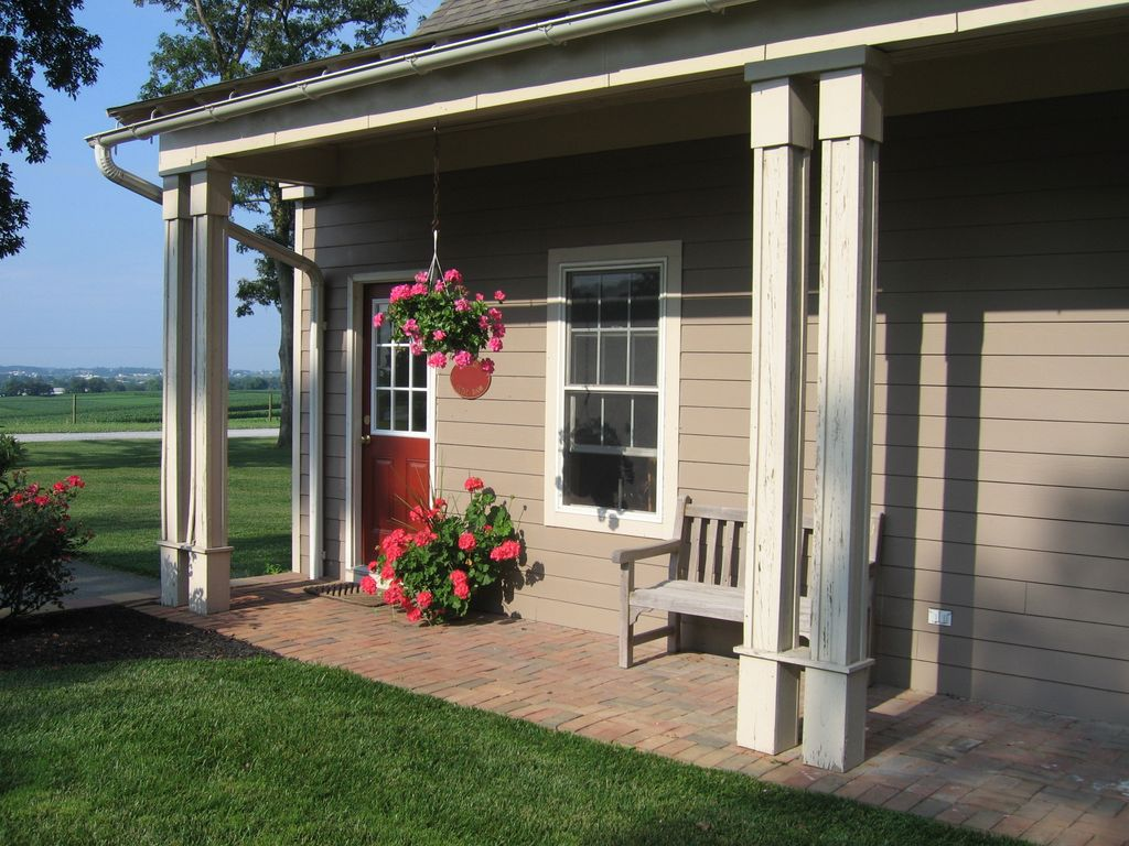 vintage guest house in amish country lanca vrbo