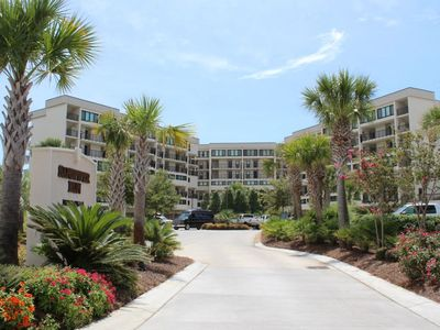 Incredible Oceanfront 2 Bedroom, SPR-SPA2J in Litchfield by the Sea with pool