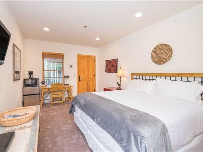 Photo for Pet-Friendly Lock-Off King Hotel Room With Pool, Hot Tub Access