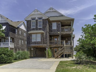 Photo for Ocean views, elevator, private pool and gazebo! - 819