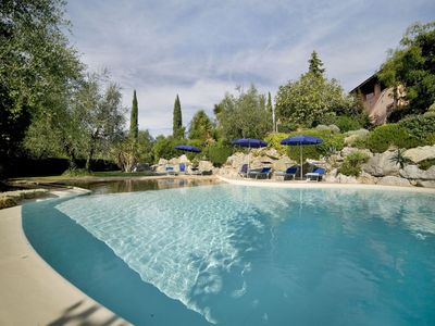 Photo for Villa in Montopoli In Val D'arno with 5 bedrooms sleeps 9