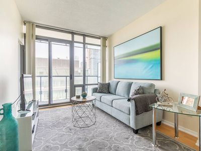 Photo for Luxury 1BR Executive Style Condo - Amazing View!