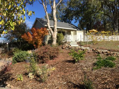 Photo for Fabulous Cottage, Walk to Glen Ellen
