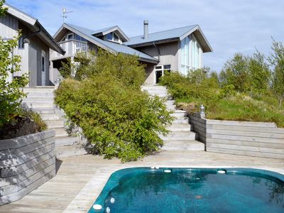 Modern luxury house in the heart of the Golden Circle - Winter and Summer!