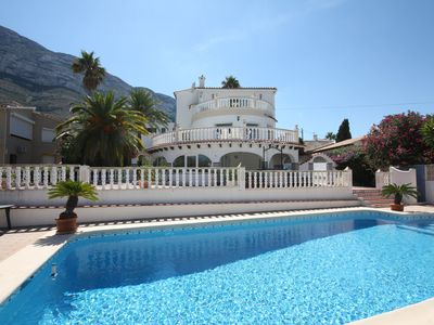 Photo for Spacious villa with 2 bedrooms, 2 baths, pool, BBQ, terrace with sea views.