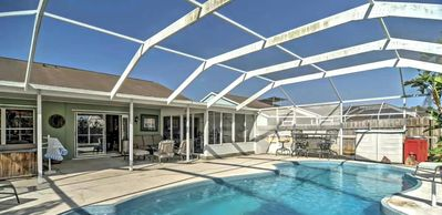 Photo for NEW 3BR Apollo Beach House w/ Pool and 8 personJacuzzi!