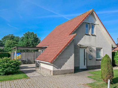 Photo for 6 pers. Big holiday house with private garden. Close to Lauwersmeer