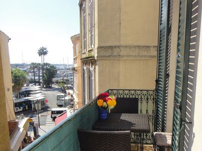 Photo for Central Cannes apartment with fantastic sea view balcony, A/C, WIFI, sleeps 4