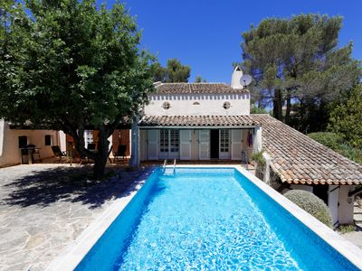 Photo for Villa with pool and 2000 square meter garden on the Côte d'Azur in Fréjus / St. Raphael